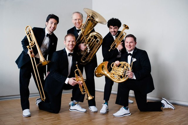 rsz-canadian-brass-group-picture-1-2-.jpg